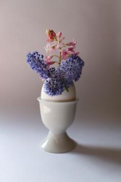Flowers in Eggshell in Egg Cup (Seen in La Cucina Italiana)