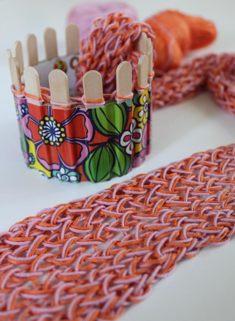 French Knitting Scarf : Toilet paper roll knitting idea summer skinny skarf