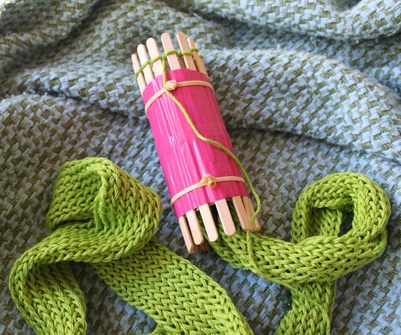 mml wonder strap on knitter