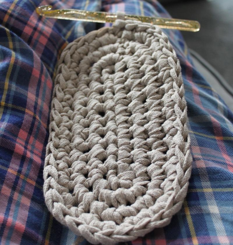 mml crochet oval