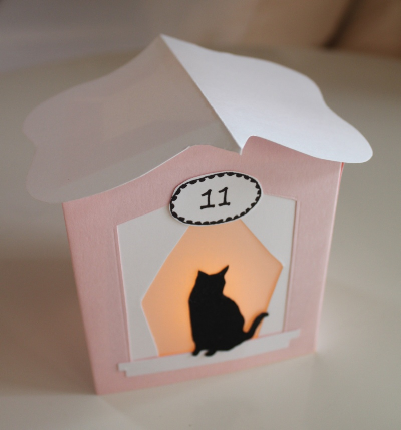 mml kitty cottage lantern