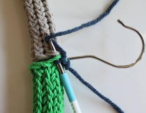 mml crochet hanger tubes together