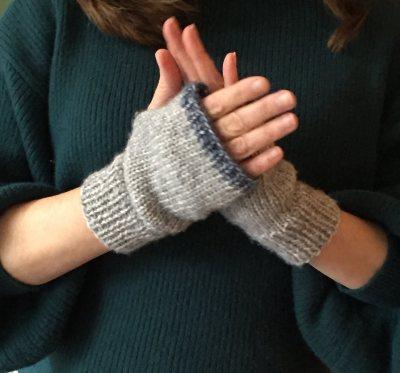 mml-hand-warmer-hand